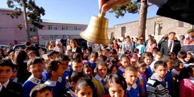 1 Nisan'da okullar tatil mi? Son dakika açıklaması geldi