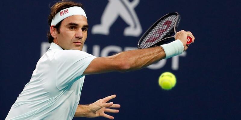 Roger Federer finale yükseldi