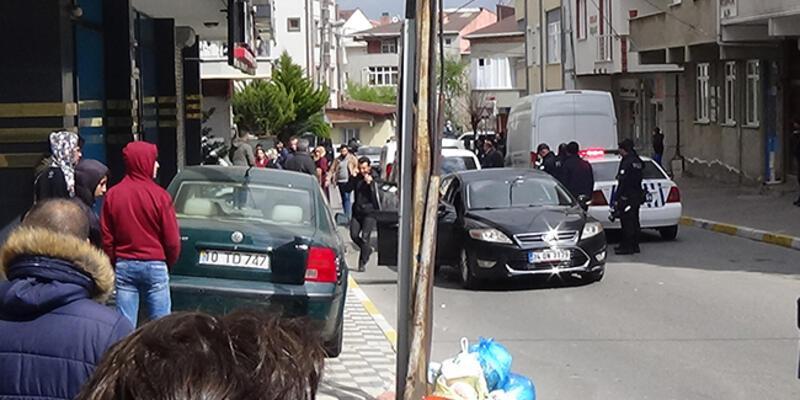 Sancaktepe'de taşlı sopalı kavga: Yaralılar var