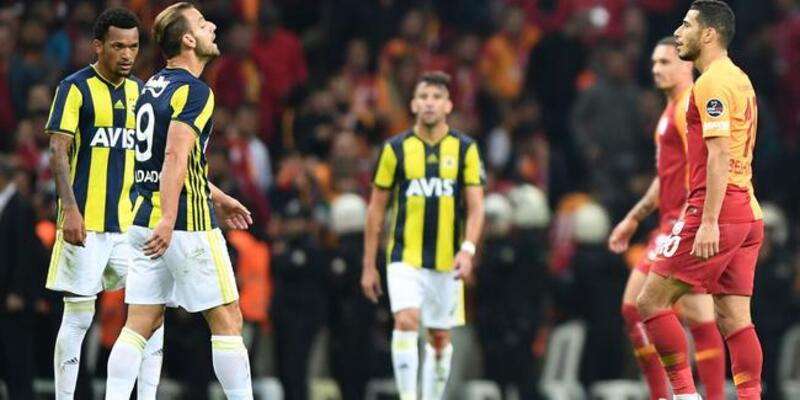 Fenerbahçe ve Galatasaray'ın iç ve dış saha karneleri