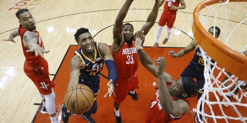 """Harden """"triple-double"""" yaptı Rockets kazandı"""