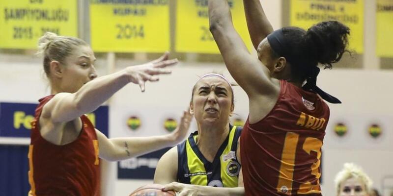 Galatasaray derbiyi deplasmanda kazandı