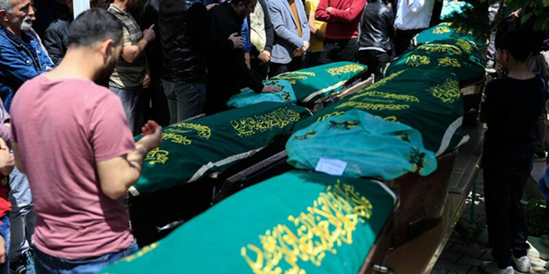 Aynı aileden 7 kişinin cenazesi defnedildi