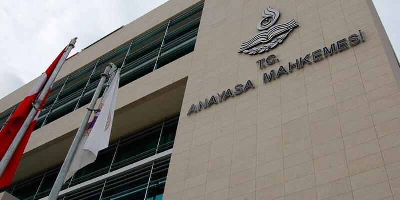 AYM'den 4 polise, 'hukuka aykırı kuvvet kullanımı' nedeniyle 20 bin lira tazminat cezası