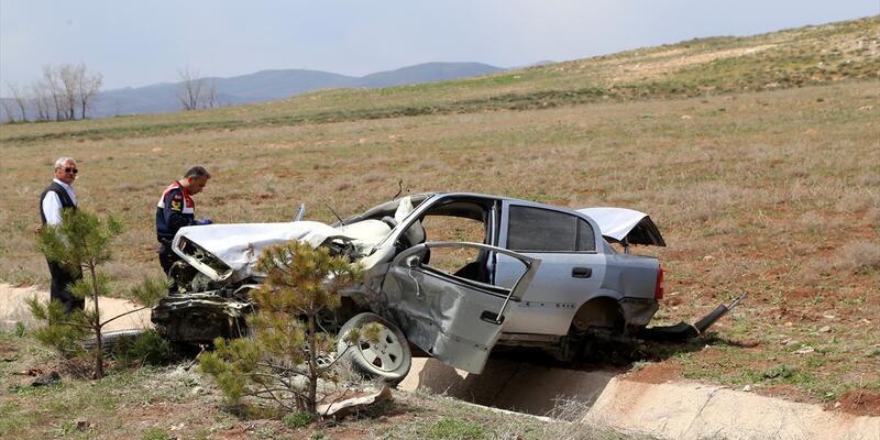 Sivas'ta trafik kazaları: 1 ölü, 1 yaralı