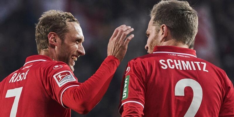 Köln Bundesliga'ya döndü
