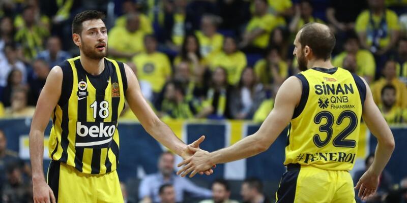 Fenerbahçe'den Galatasaray'a 23 sayı fark