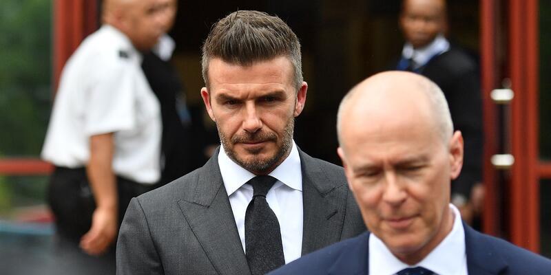 David Beckham'a 6 ay ceza