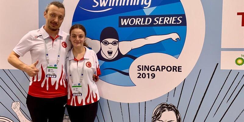 Sümeyye Boyacı Singapur'da altın madalya kazandı