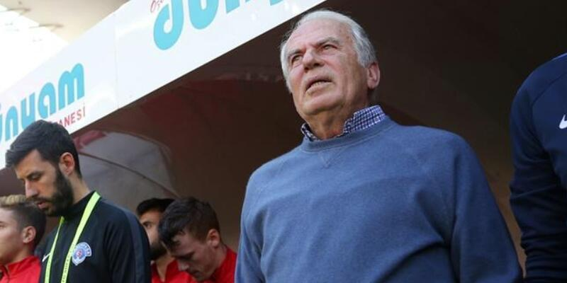 Mustafa Denizli istifa etti