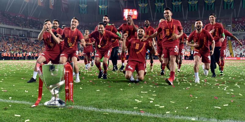 Akhisarspor 1-3 Galatasaray / Maç Özeti
