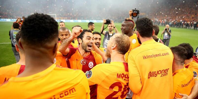 Kılıçdaroğlu'ndan Galatasaray'a kutlama