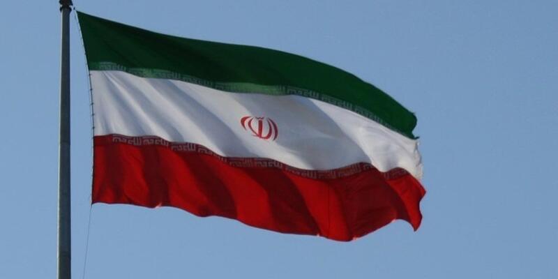 """""""İran nükleer anlaşmaya uymayı sürdürüyor"""""""