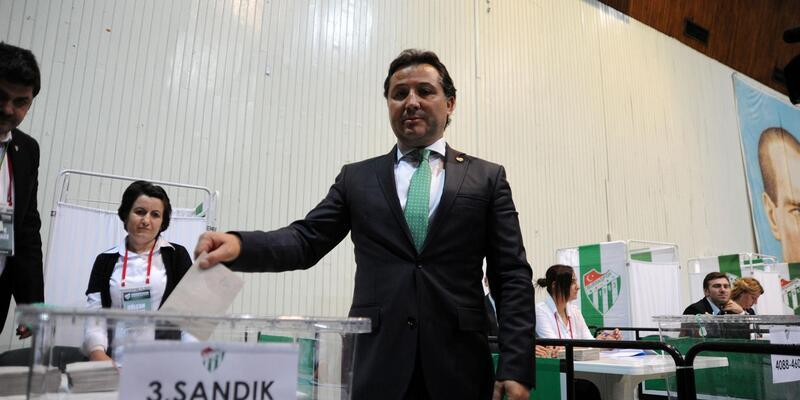 Bursaspor'da başkanlığa tek aday Mesut Mestan