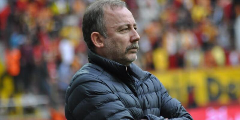 Trabzonspor Beşiktaş maçı ertelenecek mi? Sergen Yalçın koronavirüse yakalandı!