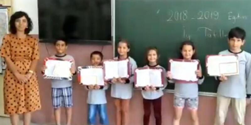 Cumhurbaşkanı Erdoğan, çocukların karne sevincine ortak oldu