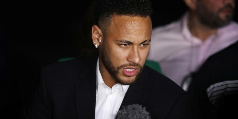 PSG'den Neymar'a transfer izni