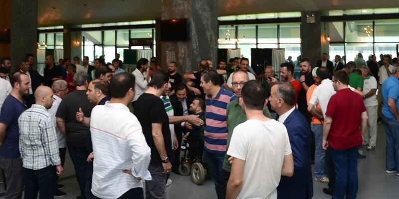 Bursaspor'un borcu nedeniyle elektriği kesildi