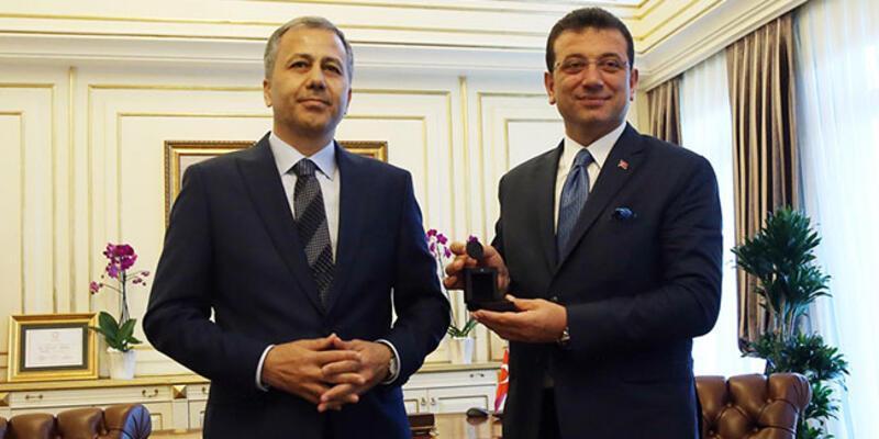 İstanbul Büyükşehir'de İmamoğlu görevi devraldı