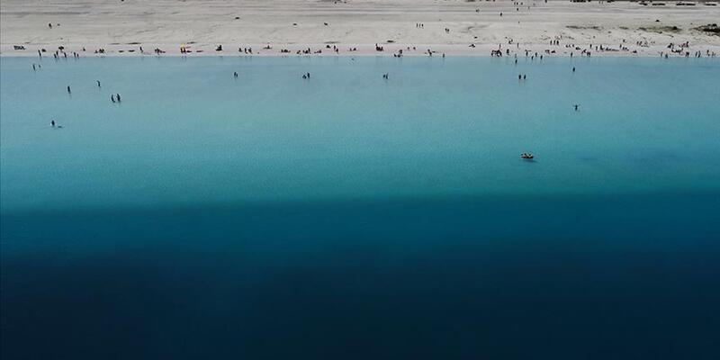 Salda Gölü bu yıl da ziyaretçilerini 'büyülüyor'