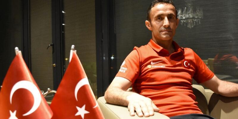 Osman Çakmak futbolu bıraktı