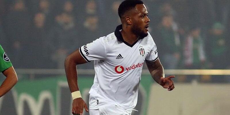 Beşiktaş Cyle Larin'i kiralık gönderdi