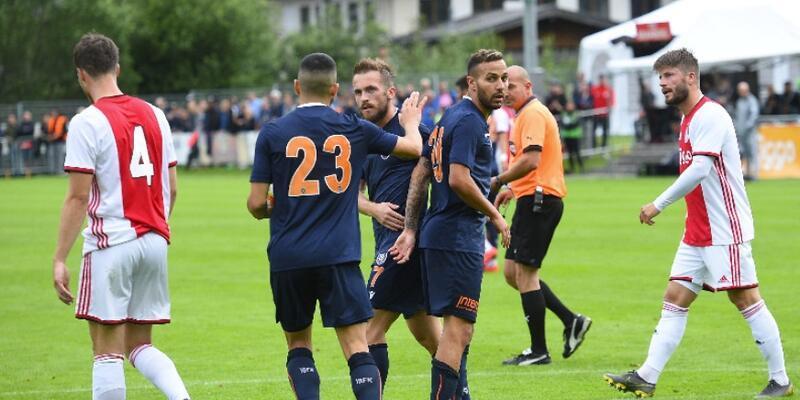 Başakşehir Ajax'a 2-1 yenildi