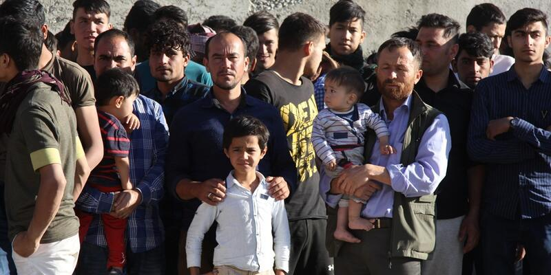Van'da 192 düzensiz göçmen yakalandı