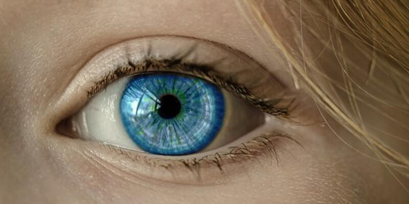 Yorgun görünen gözlere dikkat