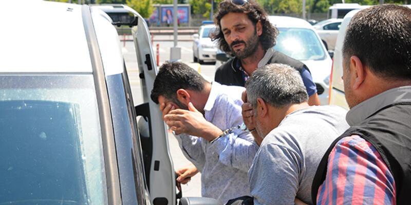 Polis olduklarını söyleyerek gasp yapan 4 kişi yakalandı
