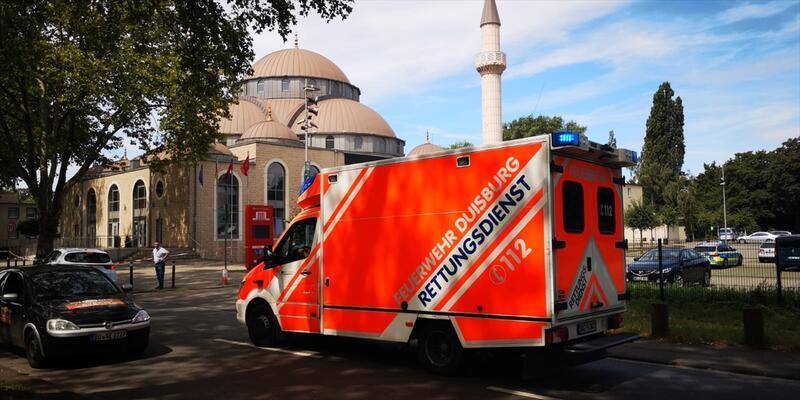 Almanya'da 3 camiye yapılan bomba ihbarı asılsız çıktı