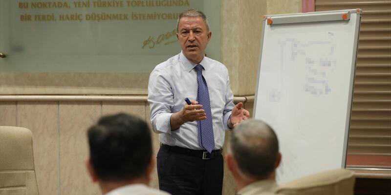 """Milli Savunma Bakanlığı'nda kritik """"güvenli bölge"""" toplantısı"""