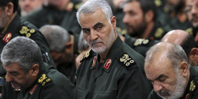 """Kasım Süleymani'den """"Suriye'de ABD'ye karşı savaşa hazır olun"""" mesajı"""