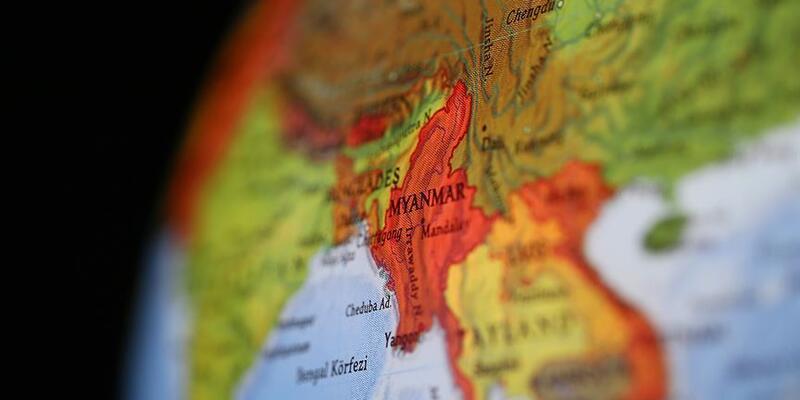 Myanmar'da toprak kayması: 6 ölü, 12 kayıp