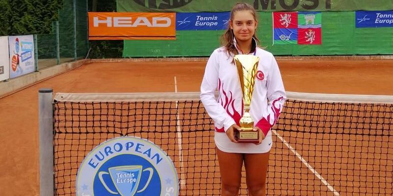 Milli tenisçi Melisa Ercan Avrupa ikincisi