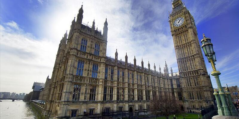 İngiltere'nin boşanma öncesi baş ağrısı: Zayıf sterlin