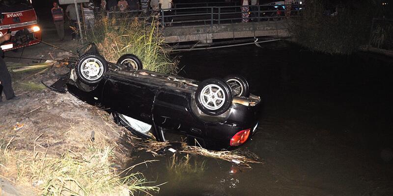 Otomobil sulama kanalına uçtu: 1 ölü, 1 yaralı