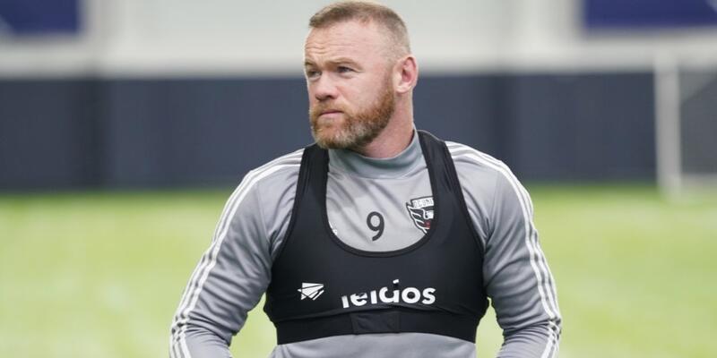 Wayne Rooney futbolcu menajer oldu