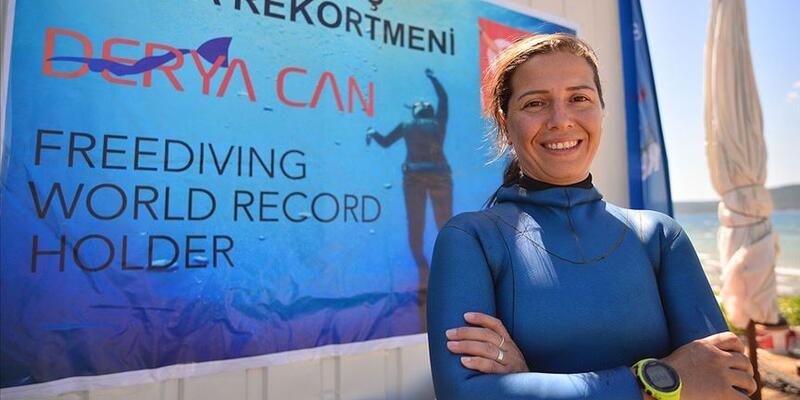 Yeni dünya rekoru için yine Salda Gölü'nü seçti
