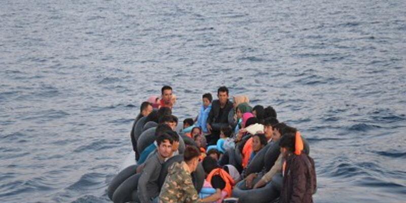 Kuşadası Körfezi'nde 60'ı çocuk 109 göçmen yakalandı