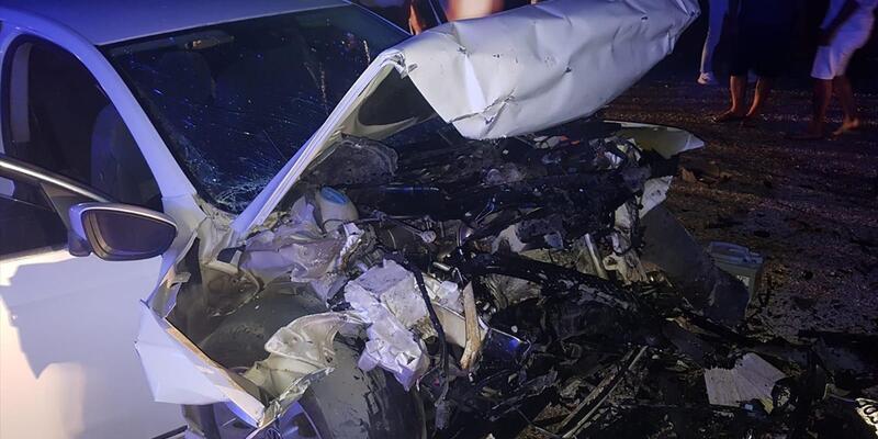 Muğla'da iki otomobil çarpıştı: 9 yaralı