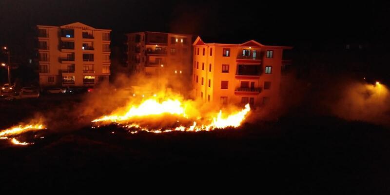 Havai fişek yangına neden oldu