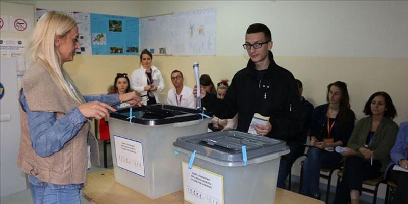 """Kosova'da """"erken seçim"""" tarihi belli oldu"""