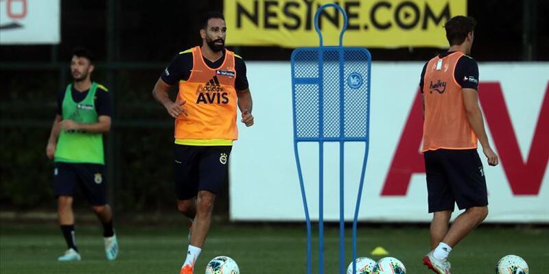 Fenerbahçe'de Adil Rami ilk antrenmanına çıktı