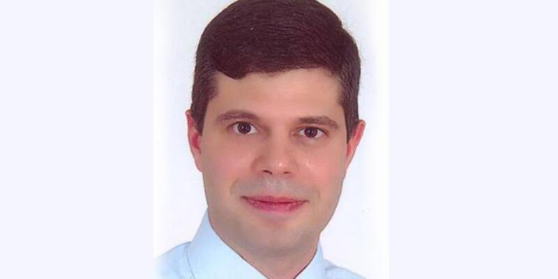 İzmir'de profesör intihar etti