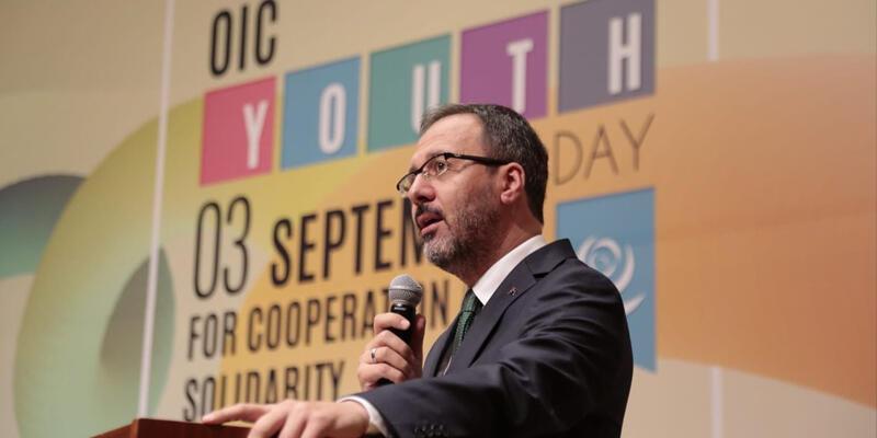 Bakan Kasapoğlu Gençlik Günü'nü kutladı
