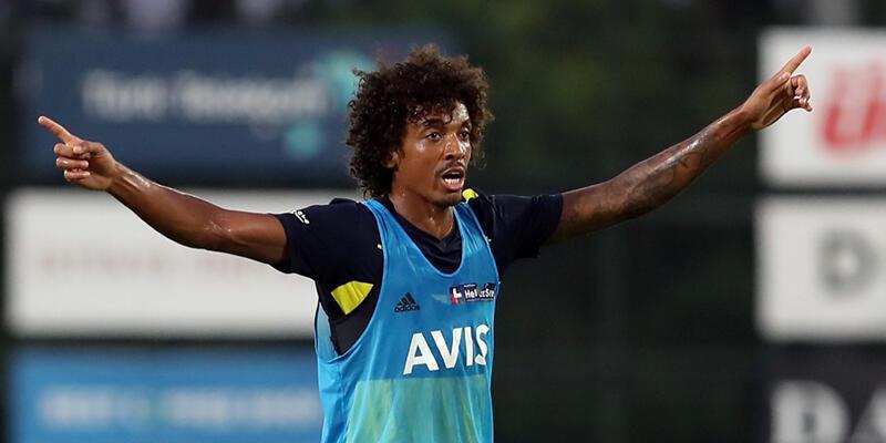 Luiz Gustavo stoper oynayacak