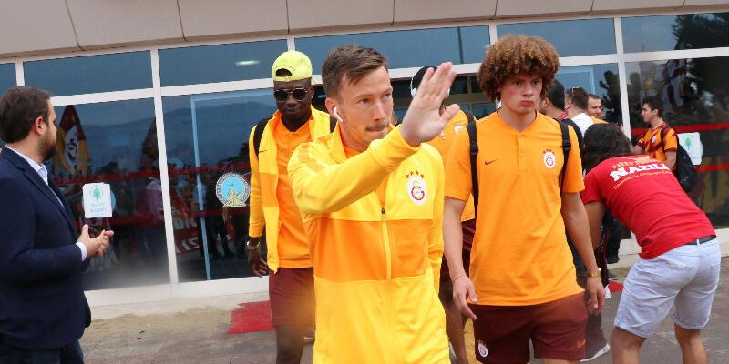Galatasaray'da Linnes TFF'ye bildirilmedi