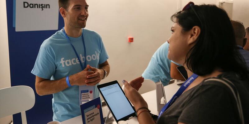 """""""Facebook ile Öne Çıkın"""" programı Türkiye'de başladı"""