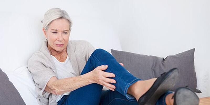 Bacak reflüsü nedir? Bacak reflüsünün belirtileri nelerdir?